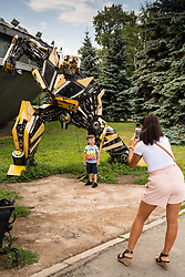 July 13, 2018 - Moscow, Russia - 180713 People outside a transformers museum Muzey Vosstaniya Mashin during the FIFA World Cup on July 13, 2018 in Moscow..Photo: Petter Arvidson / BILDBYRN / kod PA / 92086 (Credit Image: © Petter Arvidson/Bildbyran via ZUMA Press)