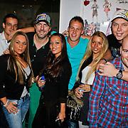 NLD/Amsterdam/20101011 - Presentatie nieuwe plaat Oh Oh Cherso crew, Ruud de Wild, Jelte de Groot en Niek van der Brugge