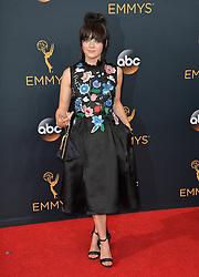 Maisie Williams bei der Verleihung der 68. Primetime Emmy Awards in Los Angeles / 180916<br /> <br /> *** 68th Primetime Emmy Awards in Los Angeles, California on September 18th, 2016***