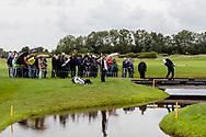 16-09-2017 - Foto van het KLM Open 2017 gespeeld op The Dutch in Spijk. Ryan Fox ligt op de brug bij hole 13 en speelt deze
