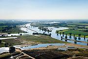 Nederland, Noord-Brabant, Gemeente Oss, 23-08-2016; Lith, Prinses Máxima Sluizen. Het sluizencomplex in de Maas bestaat uit een tweetal sluiskolken, de stuw en de Nuon waterkrachtcentrale. Alphense waard in de voorgrond.<br /> Meuse near Oss, Brabant. Complex of locks, barrage (or weir) and hydroelectric power plant.<br /> luchtfoto (toeslag op standard tarieven);<br /> aerial photo (additional fee required);<br /> copyright foto/photo Siebe Swart