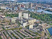 Nederland, Zuid-Holland, Rotterdam, 14-09-2019; Stadsgezicht Rotterdam-Dijkzigt Ziekenhuis, Erasmus MC. Nieuwe Werk, Kop van Zuid in de achtergrond.<br /> Cityscape Rotterdam-Dijkzigt Hospital, Erasmus MC.<br /> luchtfoto (toeslag op standard tarieven);<br /> aerial photo (additional fee required);<br /> copyright foto/photo Siebe Swart