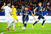 Ezequiel LAVEZZI / Jose Luis PALOMINO - 28.04.2015 - Paris Saint Germain / Metz - Match en retard - 32eme journee Ligue 1<br />Photo : Nolwenn Le Gouic / Icon Sport