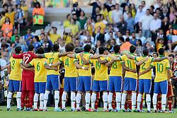 Equipe brasileira na partida contra o Uruguai válida pela Copa das Confederações 2013, no Estádio Mineirão, em Belo Horizonte-MG. FOTO: Jefferson Bernardes/Preview.com