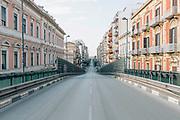 Corso Cavour durante la quarantena dovuta all'emergenza sanitaria Covid19. Bari 13 Aprile 2020. Christian Mantuano / OneShot