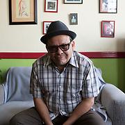 """Mexico City, Mexico, January 19, 2018. Juan Manuel Servín, Mexican writer and journalist in his house in Colonia Juárez. The author of, among the other books. """"Cuartos para gente sola"""" (1994) e """"Al final del vacio"""" (2007).<br /> Città del Messico, Messico, 19 Gennaio 2018. Juan Manuel Servín, scrittore e giornalista Messicano nella sua casa in Colonia Juárez. Servín è l'autore, tra gli altri libri di: """"Cuartos para gente sola"""" (1994) e """"Al final del vacio"""" (2007)."""