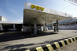 October 8, 2018 - Naguanagua, Carabobo, Venezuela - October 08, 2018. Gas stations presented problems with the fuel supply, despite the fact that the scene is repeated in almost all gas stations in the central states and there is still no official pronouncement of the state oil company PDVSA, Petroleos de Venezuela. The photo corresponds to the Ma–ongo service station, in Naguanagua, Carabobo state. Photo: Juan Carlos Hernandez (Credit Image: © Juan Carlos Hernandez/ZUMA Wire)
