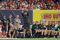 NEW YORK, NEW YORK, USA - Wednesday, July 24, 2019: Liverpool's manager Jürgen Klopp' tries to catch a ball during a friendly match between Liverpool FC and Sporting Clube de Portugal at the Yankee Stadium on day nine of the club's pre-season tour of America. (Pic by David Rawcliffe/Propaganda)