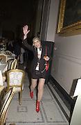 Anita Pallenberg<br />Moet and Chandon fashion tribute to Philip treacy. V. & a. 16 April 2002. © Copyright Photograph by Dafydd Jones 66 Stockwell Park Rd. London SW9 0DA Tel 020 7733 0108 www.dafjones.com