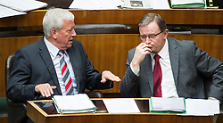 03.07.2013, Parlament, Wien, AUT, Parlament, 213. Nationalratssitzung, Sitzung des Nationalrates. im Bild v.l.n.r. Nationalratsabgeordneter OeVP Jakob Auer und OeVP Klubobmann und Nationalratsabgeordneter Karlheinz Kopf // f.l.t.r. Member of Parliament OeVP Jakob Auer and Leader of the parliamentary group OeVP Karlheinz Kopf during the 213th meeting of the national assembly of austria, austrian parliament, Vienna, Austria on 2013/07/03, EXPA Pictures © 2013, PhotoCredit: EXPA/ Michael Gruber