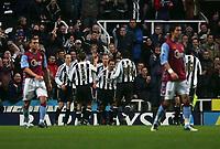 Photo: Andrew Unwin.<br />Newcastle Utd v Aston Villa. The Barclays Premiership.<br />03/12/2005.<br />Newcastle celebrate their first goal, scored by Alan Shearer (C).
