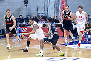 DESCRIZIONE : Paladesio Eurolega 2013-14 EA7 Emporio Armani Milano-Brose Baskets Bamberg<br /> GIOCATORE : Jerrells Curtis <br /> SQUADRA :  EA7 Emporio Armani Milano<br /> CATEGORIA : Contropiede<br /> EVENTO : Eurolega 2013-2014<br /> GARA :  EA7 Emporio Armani Milano-Brose Baskets Bamberg<br /> DATA : 13/12/2013<br /> SPORT : Pallacanestro<br /> AUTORE : Agenzia Ciamillo-Castoria/I.Mancini<br /> Galleria : Eurolega 2013-2014<br /> Fotonotizia : Milano Eurolega Eurolegue 2013-14  EA7 Emporio Armani Milano Brose Baskets Bamberg<br /> Predefinita :