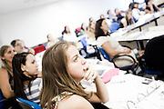 Belo Horizonte_MG, 16 de fevereiro de 2011. .PEGN / Mulheres Empreendedoras..Documentacao do Projeto 10.000 Mulheres do Banco Goldman Sachs teve inicio em 2008 e preve, em 5 anos, investir U$ 100 milhoes na formacao de mulheres empreendedoras de paises em desenvolvimento. No Brasil, a Fundacao Dom Cabral e a responsavel pelo projeto e, 500 mulheres, donas de micro e pequenos negocios foram escolhidas para o programa de gestao empresarial e estruturacao de um plano de negocios. A documentacao fotografica e feita com 5 mulheres que participa do curso em Belo Horizonte...Na foto, Leticia Alvim Guimaraes, da Tacomtudo comida mexicana...Contato:.tacomtudobh@hotmail.com ..Foto: NIDIN SANCHES / NITRO