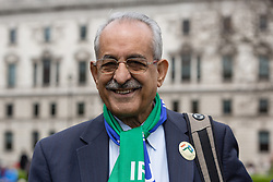 "© Licensed to London News Pictures. 21/05/2016. LONDON, UK. VEERENDRA RISH, Member of Parliament International Momani Union joins travellers and gypsies from across the UK to gather outside Westminster with horses and carts and stage a protest around Parliament Square. The gypsies are challenging the government's new housing and planning laws, including the Housing Bill, which redefine ""gypsy status"" and they claim that this will reduce the number of sites available to gypsies, worsening the housing crisis and taking away their cultural identity.  Photo credit: Vickie Flores/LNP"