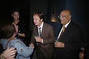 LADY AND LORD PAUL AND SIR PAUL MCCARTNEY  . Dinner given by Established and Sons to celebrate Elevating Design.  P3 Space. University of Westminster, 35 Marylebone Rd. London NW1. -DO NOT ARCHIVE-© Copyright Photograph by Dafydd Jones. 248 Clapham Rd. London SW9 0PZ. Tel 0207 820 0771. www.dafjones.com.
