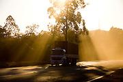 Congonhas_MG, Brasil...Rodovia BR040 em Congonhas, Minas Gerais...The highway BR040 in Congonhas, Minas Gerais...Foto: LEO DRUMOND / NITRO