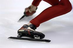 24-12-2006 SCHAATSEN: AEGON NK ALLROUND 2007: HEERENVEEN <br /> Schaats, start, schaats item<br /> ©2006-WWW.FOTOHOOGENDOORN.NL