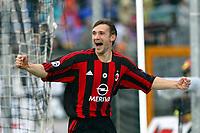 Siena 17/4/2004 Campionato Italiano Serie A <br />30a Giornata - Matchday 30 <br />Siena Milan 1-2 <br />Andriy Shevchenko esulta per il gol del vantaggio del Milan (0-1). <br />Andriy Shevchenko celebrates goal of 0-1 for AC MIilan <br /> Foto Graffiti