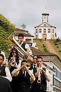 Serro_MG, Brasil...Banda Santissimo Sacramento na Praca do Serro...A Santissimo Sacramento in the Serro square...Foto: BRUNO MAGALHAES / NITRO.