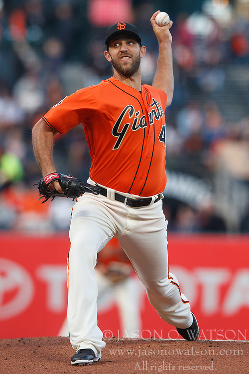 SAN FRANCISCO, CA - JULY 13: Madison Bumgarner #40 of the San Francisco Giants pitches against the Oakland Athletics during the first inning at AT&T Park on July 13, 2018 in San Francisco, California.  (Photo by Jason O. Watson/Getty Images) *** Local Caption *** Madison Bumgarner