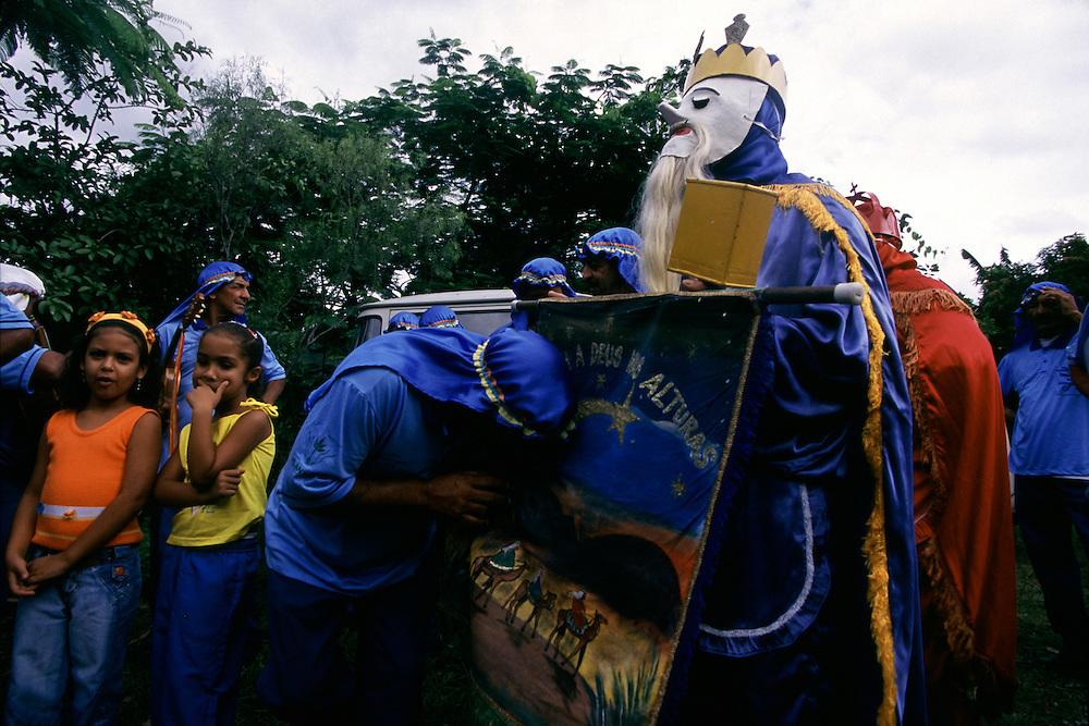 Inhauma_MG, Brasil...Folia de Reis em uma casa no Distrito dos Maias em Inhauma...Folia de Reis in the Distrito dos Maias in Inhauma...Foto: LEO DRUMOND / NITRO
