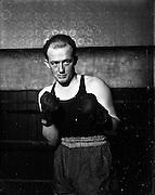 14/01/1953<br /> 01/14/1953<br /> 14 January 1953<br /> Corinthians Boxing Club, Dublin. John Cummins, Lightweight Corinthians boxing club.