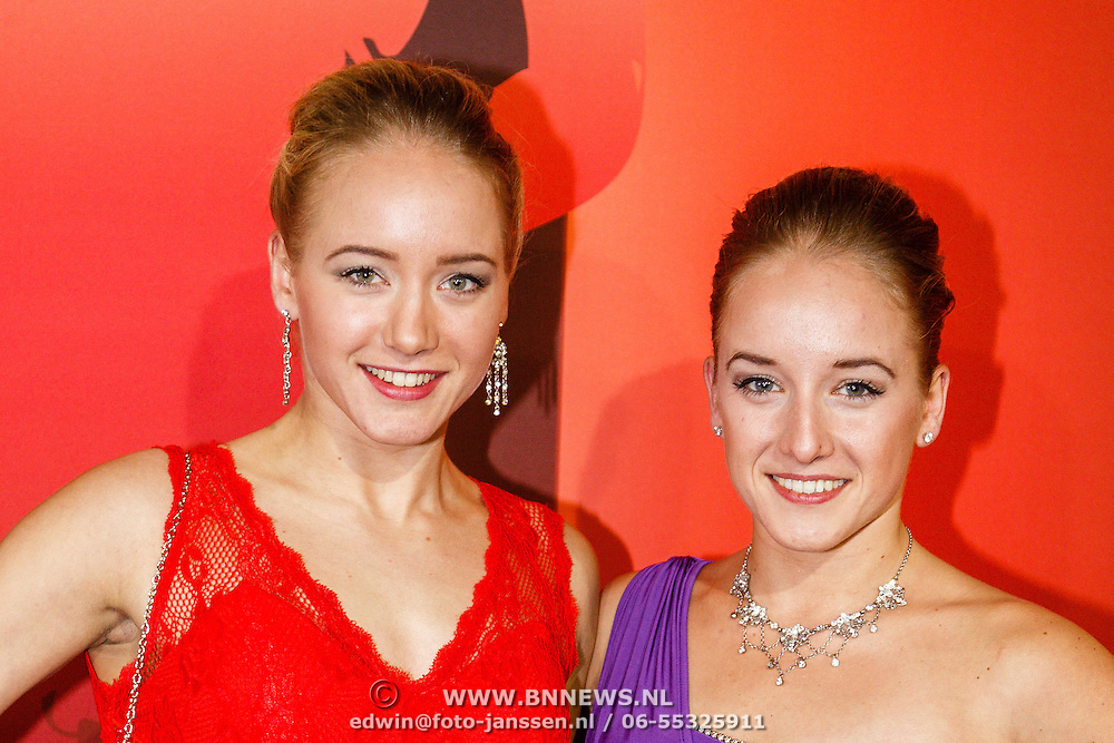 NLD/Amsterdam/20151215 - NOC / NSF Sportgala 2015, Lieke en Sanne Wevers