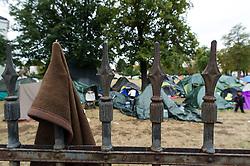 THEMENBILD - Zelte im Asyl-Erstaufnahmezentrums in Traiskirchen. Aufgenommen am 18.08.2015 in Traiskirchen, Österreich // tents at asylum processing centre in Traiskirchen. Austria on 2015/08/18. EXPA Pictures © 2015, PhotoCredit: EXPA/ Michael Gruber