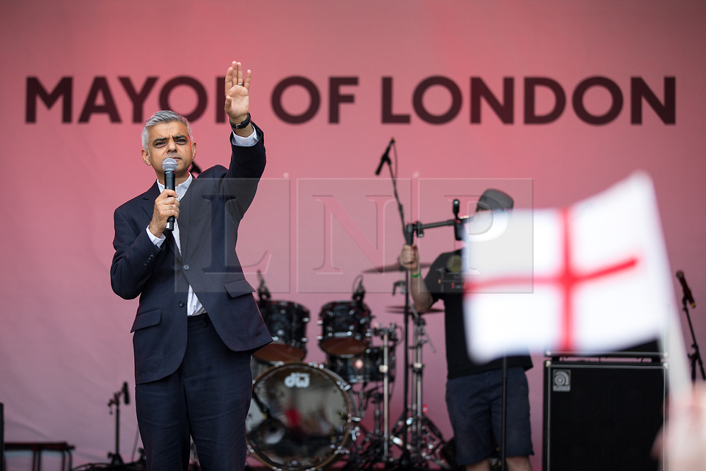 © Licensed to London News Pictures. 21/04/2018. London, UK. Mayor of London Sadiq Khan speaks at the 'Feast of St George' event in Trafalgar Square, to celebrate the Patron Saint of England. St George's Day is on 23 April. Photo credit : Tom Nicholson/LNP