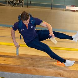 30-04-2020: Wielrennen: persmoment KNWU: Apeldoorn<br />De KNWU baanselectie trainende vandaag voor de eerste keer op de baan met inachtneming van het Corona protocol. Harrie Lavreysen