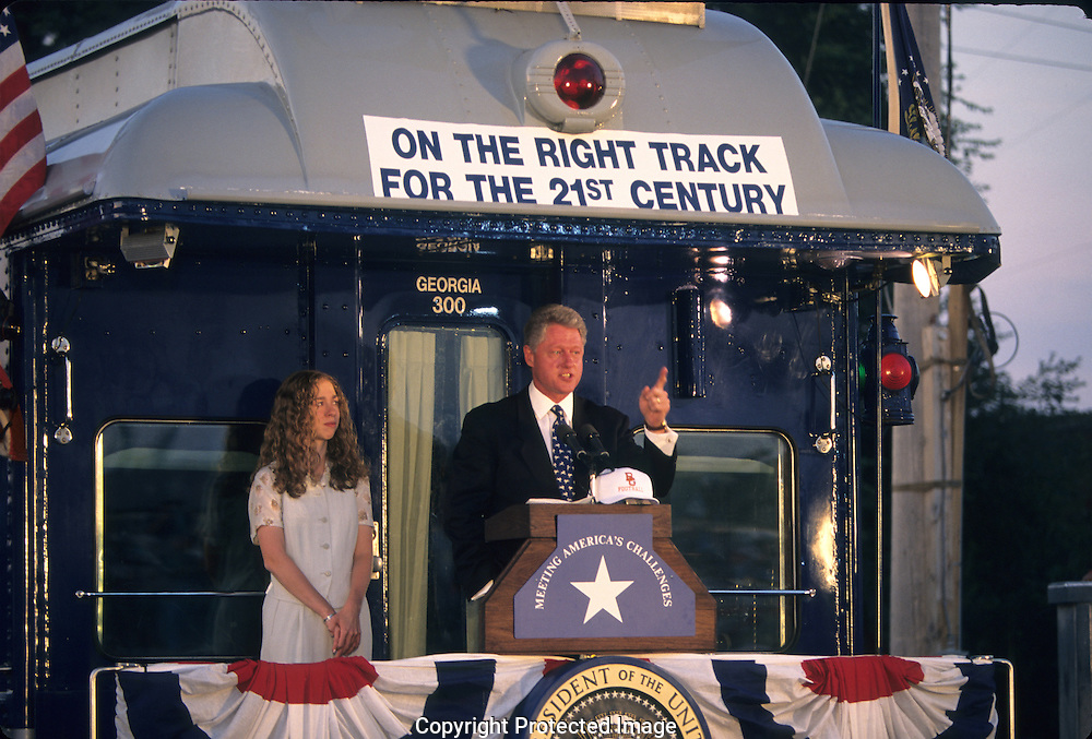 President Bill Clinton and daughter Chelsea on a campaign train on their way to the Democratic Convention ..Photograph by Dennis Brack bb30
