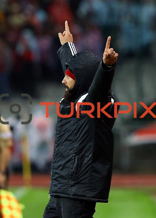 Besiktas's coach Slaven Bilic during their Turkish superleague soccer match Besiktas between Eskisehirspor at Ataturk Olimpiyat Stadium in Istanbul Turkey on Saturday 27 September 2014. Photo by Kurtulus YILMAZ/TURKPIX