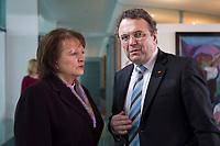 23 JAN 2013, BERLIN/GERMANY:<br /> Sabine Leutheusser-Schnarrenberger (L), FDP, Bundesjustizministerin, und Hans-Peter Friedrich (R), CSU, Bundesinnenminister, im Gespraech, vor Beginn der Kabinettsitzung, Bundeskanzleramt<br /> IMAGE: 20130123-01-008<br /> KEYWORDS: Kabinett, Sitzung, Gespräch