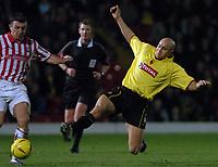 Fotball<br /> England 2004/2005<br /> Foto: SBI/Digitalsport<br /> NORWAY ONLY<br /> <br /> Date: 04/12/2004<br /> <br /> Watford v Stoke City <br /> Coca Cola Championship<br /> <br /> Gavin Mahon flies in on Stoke's Dave Brammer