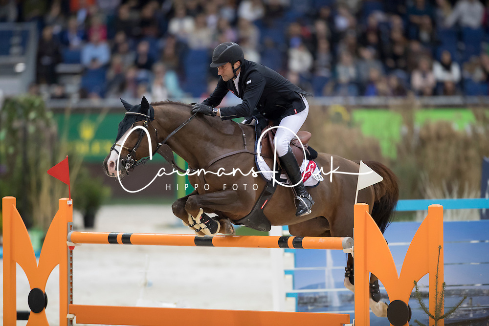 Bucci Piergiorgio, (ITA), Casallo Z<br /> Credit Suisse Grand Prix<br /> CHI de Genève 2016<br /> © Hippo Foto - Dirk Caremans<br /> 08/12/2016