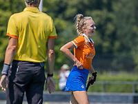BLOEMENDAAL   -  Lilli de Nooijer (Bldaal) scoort , oefenwedstrijd dames Bloemendaal-Victoria, te voorbereiding seizoen 2020-2021. (Vict) .   COPYRIGHT KOEN SUYK