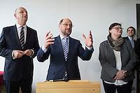 22 FEB 2017, LUEBBEN/GERMANY:<br /> Dietmar Woidke, SPD, Ministerpraesident Brandenburg, und Martin Schulz, SPD, Kanzlerkandidat, und Sylvia Lehmann, SPD, MdL Brandenburg, (v.L.n.R.), besuchen einen Empfang mit Ehrenaemtlern, Spreewaldklinik<br /> IMAGE: 20170222-01-092<br /> KEYWORDS: Ehrenamtsempfang