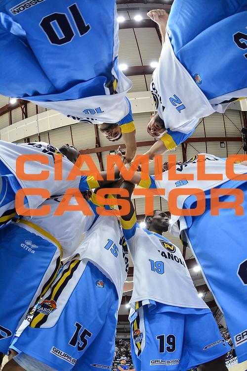 DESCRIZIONE : Beko Legabasket Serie A 2015- 2016 Dinamo Banco di Sardegna Sassari -Vanoli Cremona<br /> GIOCATORE : Team Vanoli Cremona<br /> CATEGORIA : Before Pregame Fair Play<br /> SQUADRA : Vanoli Cremona<br /> EVENTO : Beko Legabasket Serie A 2015-2016<br /> GARA : Dinamo Banco di Sardegna Sassari - Vanoli Cremona<br /> DATA : 04/10/2015<br /> SPORT : Pallacanestro <br /> AUTORE : Agenzia Ciamillo-Castoria/L.Canu