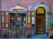 Gospoda Kwiaty Polskie przy ul. Wąski Dunaj w Warszawie, Polska<br /> Kwiaty Polskie Inn at Wąski Dunaj Street in Warsaw, Poland