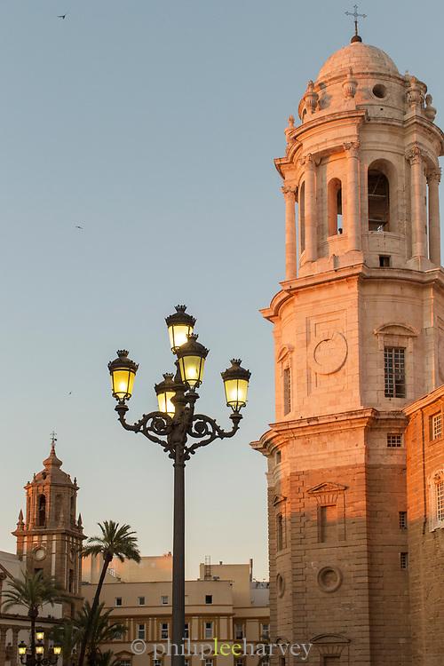 Street light by Cadiz Cathedral in Cadiz, Spain