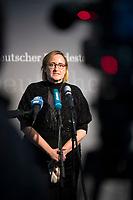 DEU, Deutschland, Germany, Berlin, 05.11.2020: Deutscher Bundestag, Paul-Löbe-Haus, Sitzung des 1. Untersuchungsausschusses zum Terroranschlag auf dem Breitscheidplatz. Statement von Martina Renner (MdB, Die Linke).