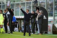 Firenze 17-10-2004<br /> <br /> Campionato  Serie A Tim 2004-2005<br /> <br /> Fiorentina siena<br /> <br /> nella  foto Emiliano Mondonico Fiorentina trainer<br /> <br /> Foto Snapshot / Graffiti