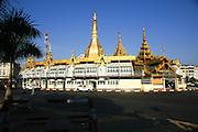 Myanmar, Yangon, Sule pagoda,