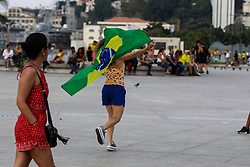 June 27, 2018 - Rio De Janeiro, Brazil - Rio de Janeiro, Brazil, June 27, 2018: Hundreds of people gather in Rio de Janeiro Downtown to watch the soccer game between Brazil and Serbia, during the 2018 FIFA World Cup held in Russia. (Credit Image: © Luiz Souza/NurPhoto via ZUMA Press)