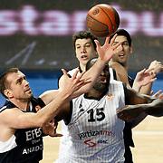 Efes Pilsen's Nikola VUJCIC (L) during their Turkish Airlines Euroleague Basketball Top 16 Group G Game 6 match Efes Pilsen between Partizan at Sinan Erdem Arena in Istanbul, Turkey, Thursday, March 03, 2011. Photo by TURKPIX
