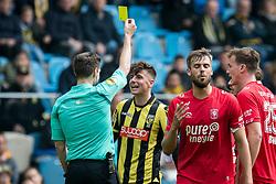 (L-R) referee Jochem Kamphuis, Mason Mount of Vitesse during the Dutch Eredivisie match between Vitesse Arnhem and FC Twente Enschede at Gelredome on April 29, 2018 in Arnhem, The Netherlands