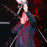 NLD/Amsterdam/20121130 - 4e liveshow The Voice of Holland 2012, Marco Borsato spreekt de deelnemers toe