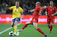 20090328: PORTO, PORTUGAL - Portugal vs Sweden: World Cup 2010 Qualifying Match. In picture: Larsson and pepe. PHOTO: Ricardo Estudante/CITYFILES
