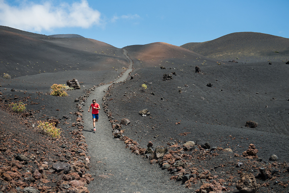 David Vicente Cetto running in La Palma island previous to Transvulcania 2015.<br /> Client/Project: Transvulcania 2015 (Personal project)