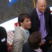 NLD/Amsterdam/20060520 - Huwelijk Edwin van der Sar en Annemarie van Kesteren, rondvaartboot, oa Ruud van Nistelrooy